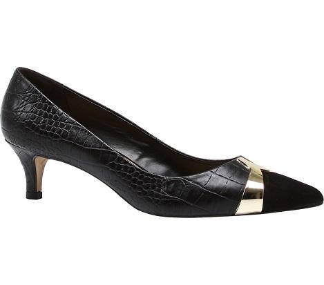 Elegant Court Shoe