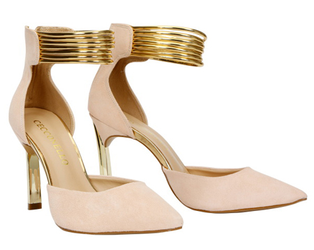 Ankle strap and kitten heels shoe