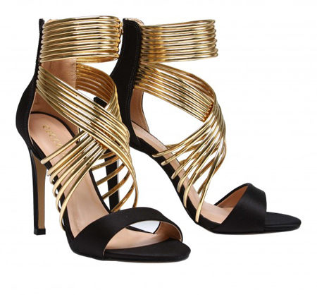 Gold strapping leather sandals